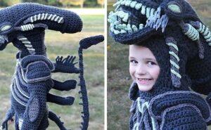 Mamma crea all'uncinetto interi costumi di Halloween per i suoi figli (11 foto)