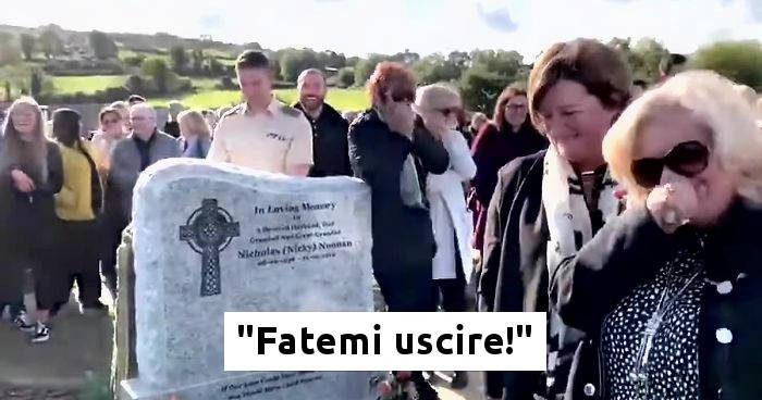 Lacrime di risate al suo funerale: si sente la sua voce dalla bara, ma l'ha registrata prima di morire