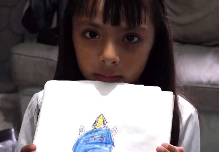Bambina Asperger è bullizzata a scuola, ma scoprono che ha un QI più alto di Einstein, Adhara Pérez