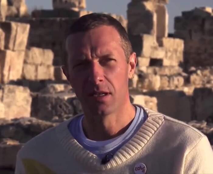 I Coldplay rimandano il tour del nuovo album per rendere i loro concerti eco-sostenibili
