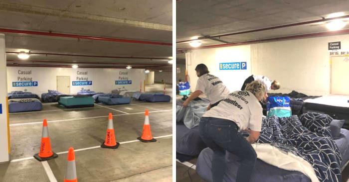 La solidarietà ha trasformato un parcheggio inutilizzato di notte in rifugio