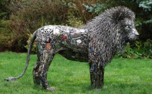 62 incredibili sculture fatte di materiali riciclati