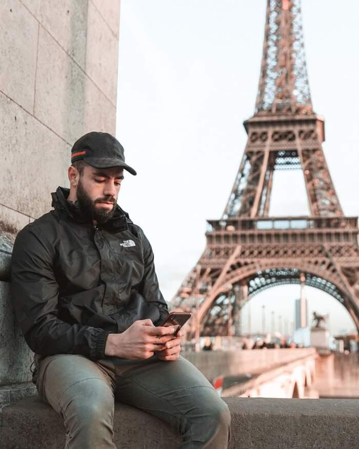 Milionario cerca un fotografo personale, offre 55.000 dollari l'anno e viaggi di lusso