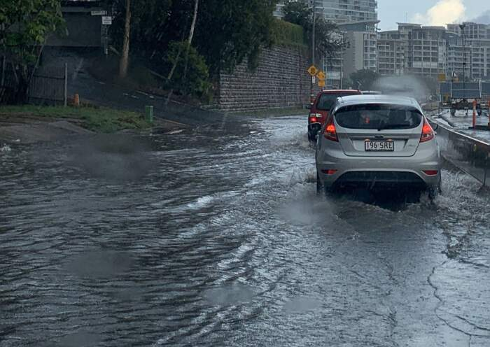 Australia: alluvioni da supercella si uniscono agli incendi e devastano il paese