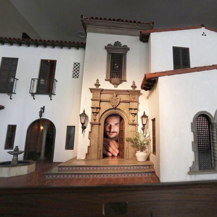 Miniature di edifici antichi cosi dettagliate da sembrare reali - Chris Toledo