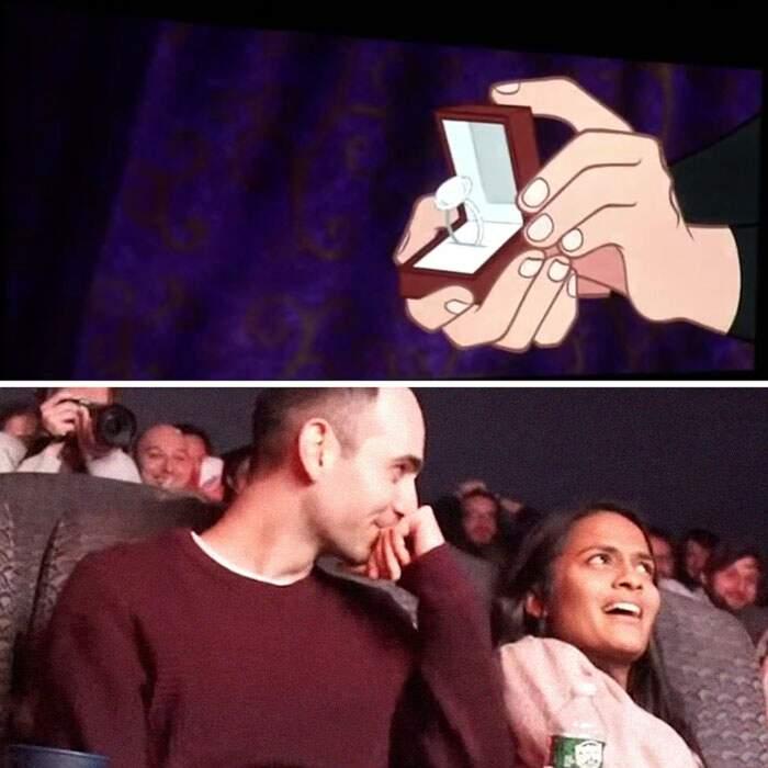 Porta la fidanzata a vedere un cartone modificato di nascosto ma nel cinema pieno di gente le chiede la mano