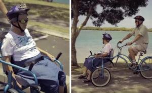 Crea una bici con sedia a rotelle per poter portare con se la moglie con l'Alzheimer