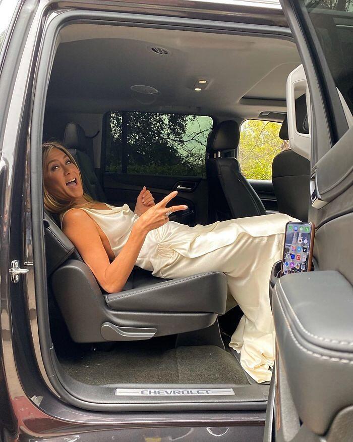 Jennifer Aniston compie 51 anni servizio fotografico