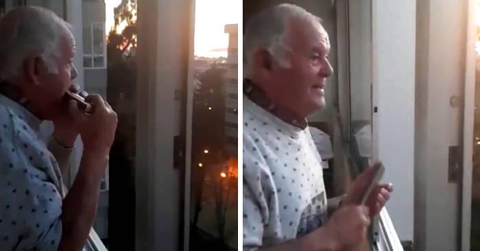 Anziano con alzheimer crede che gli applausi dai balconi siano per lui e commuove il mondo