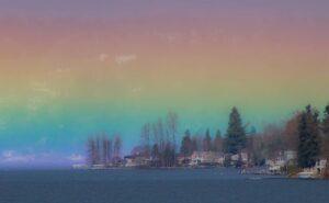 """Un """"arcobaleno orizzontale"""" riempie il cielo di colori, e di speranza"""