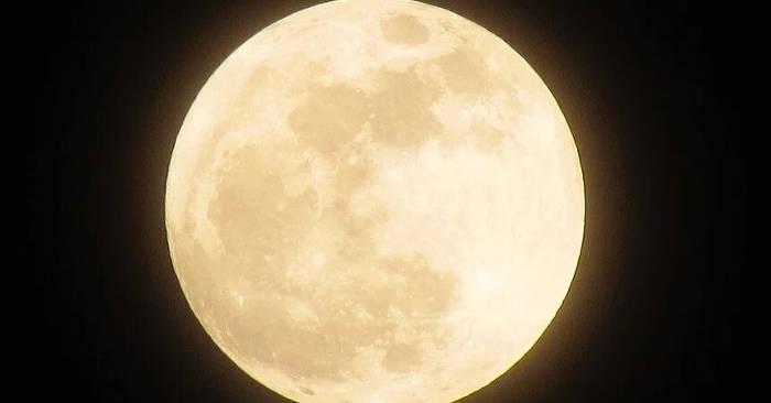 La Superluna più splendente del 2020 brillerà stanotte e sarà