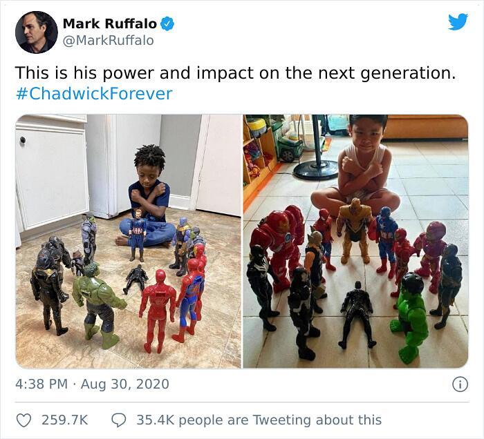 Bambini da tutto il mondo rendono omaggio a Chadwick Boseman con gli action figure